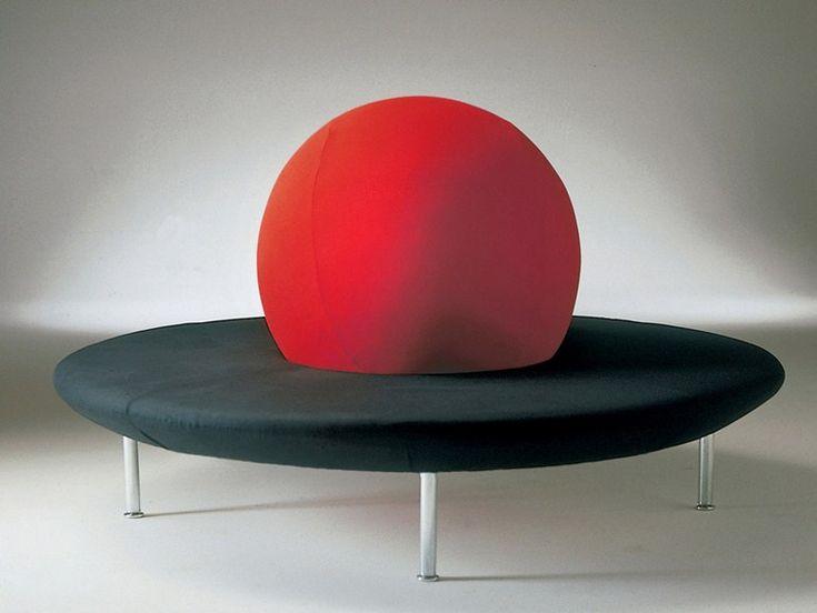 Divano rotondo in tessuto GIRAMONDO by GIOVANNETTI COLLEZIONI design Norberto Delfinetti