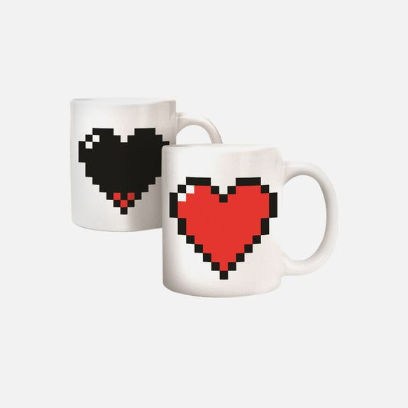 Kikkerland - Pixel Heart Morph Mug