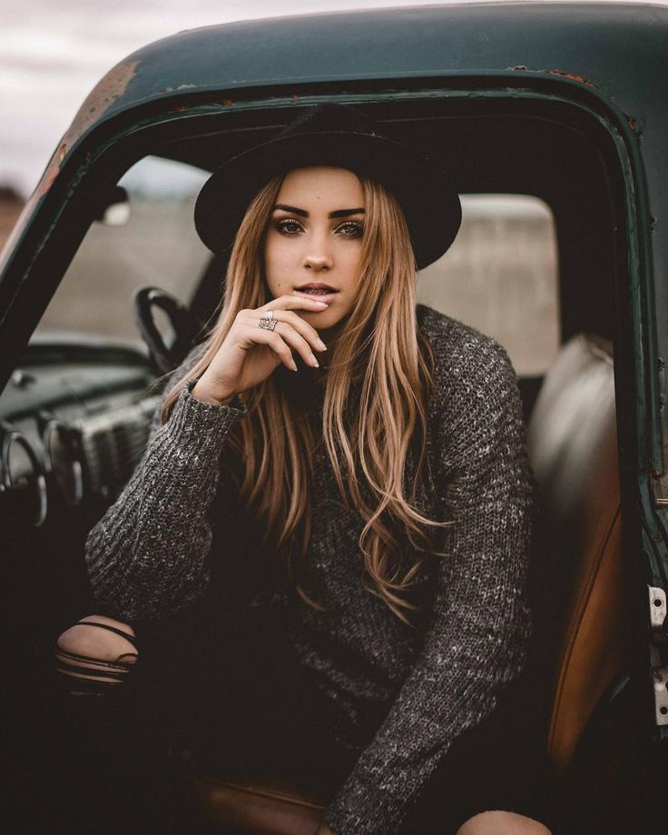 Gorgeous Portrait Photography by Hunter Gillman #inspiration #photography