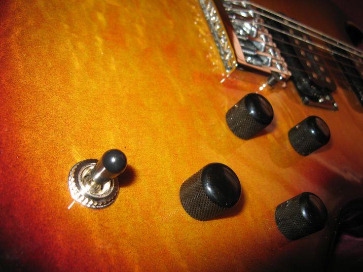 Sito web: www.bedinicustomguitars.com - Seguimi su https://www.facebook.com/BediniCustomGuitars