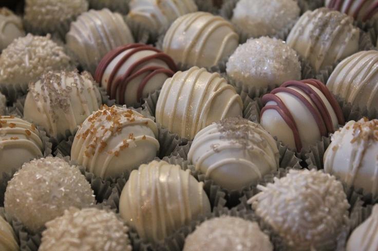Wedding / winter / New Year's Eve cake balls