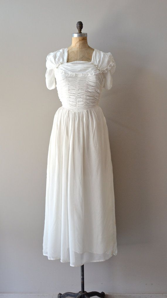 Vintage 1930s much ado wedding gown vintagewedding 1930 for How much for a wedding dress