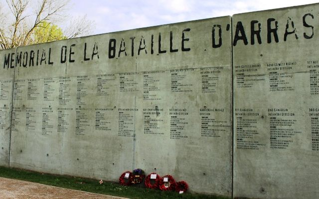 Wellington Quarry Memorial Wall to the engineers who carved its tunnels and the 100s of soldiers who hid in its depths before WW1 Battle of Arras Northern France
