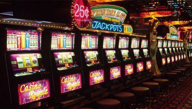 азартные игры слот автоматы на деньги