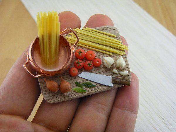 Tiny Food Art - so cute!