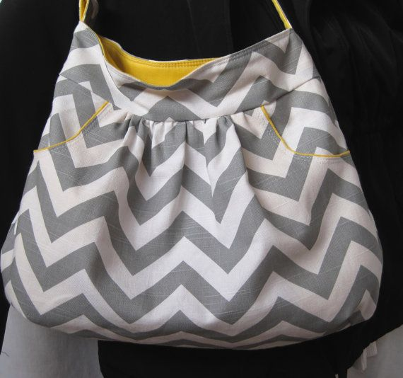 no pattern or tutorial, just photo of cute bag. Inspiration for the look/style