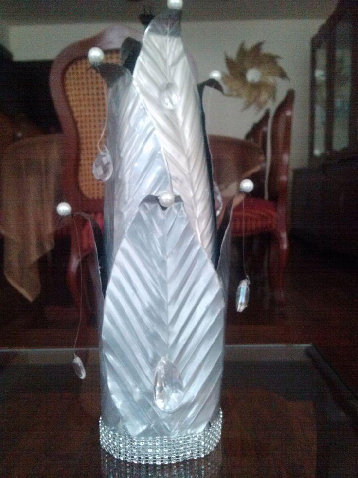 DIY Escultura-florero con latas de refresco / Sculpture-Flower vase out ...