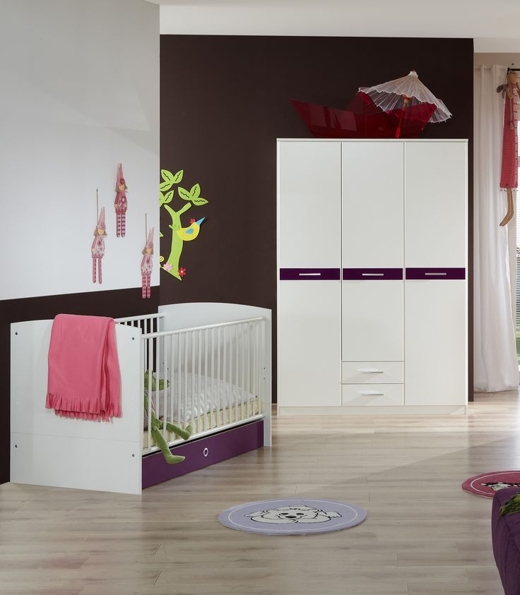 Unique Babyzimmer Mit Bett X Cm Alpinweiss Hochglanz Brombeer Woody Holz