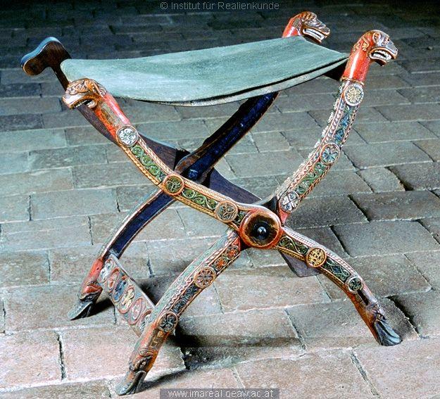 Folding-stool from Vienna, c. 1200-1250 http://wwwg.uni-klu.ac.at/kultdoku/kataloge/11/html/1023.htm