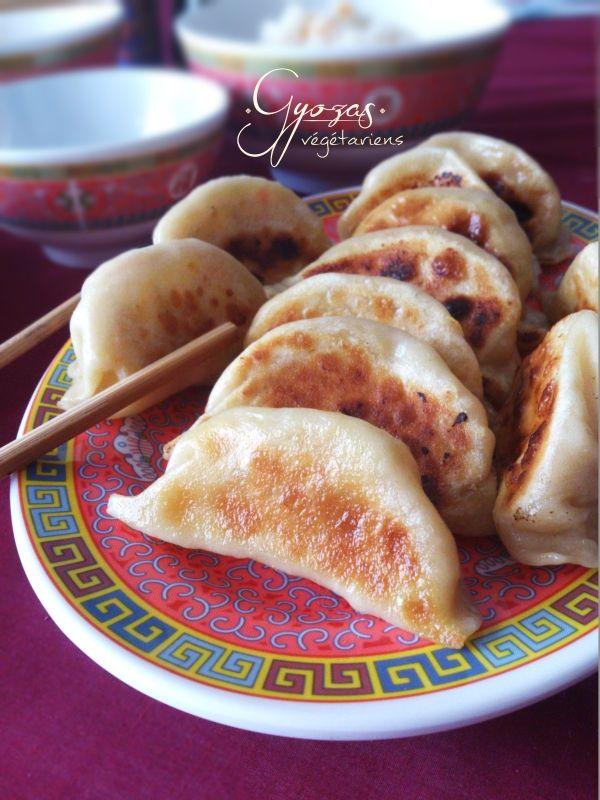 Gyozas végétariens maison (raviolis japonais) tofu-chou-carotte