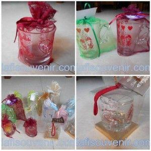 Souvenir Pernikahan Gelas Murah sebagai hadiah cantik di hari pernikahan - http://dafisouvenir.com/blog/souvenir-pernikahan-gelas-murah-sebagai-hadiah-cantik-di-hari-pernikahan/
