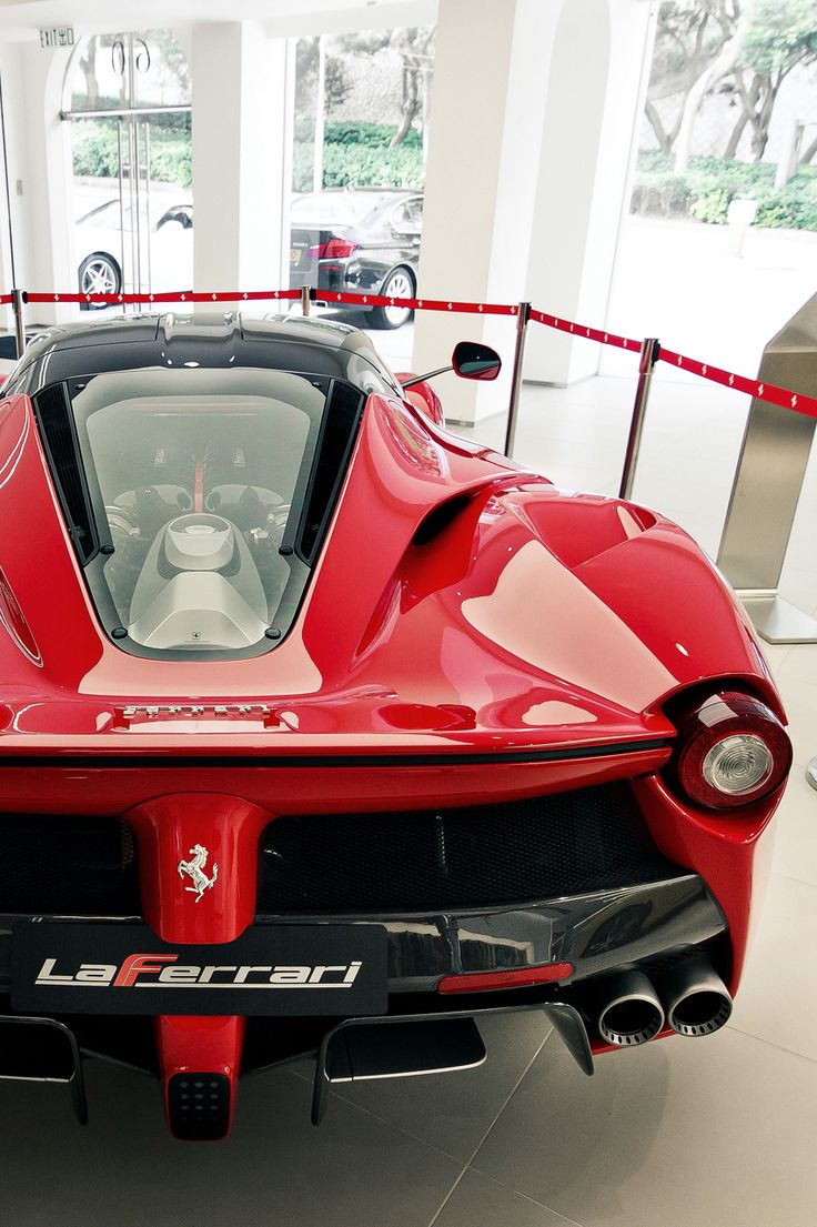 La Ferrari Ready for take off!!! La Ferrari vs Mclaren P1... 'Who ya got?'