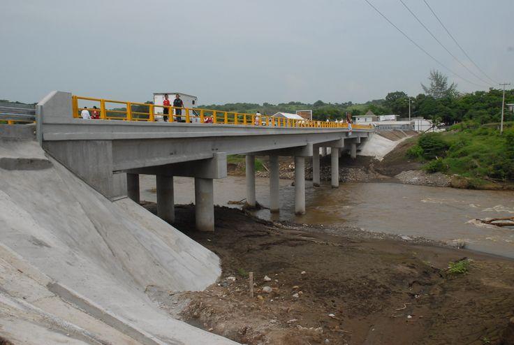 El puente Prosperidad se realizó con una inversión de 25 millones de pesos como parte de las jornadas Un día, una obra Adelante.
