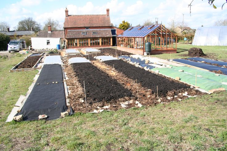 Charles Dowding Knowledgeable Man On Veg Gardening 400 x 300