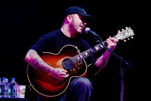 My top 3 easy acoustic guitar covers - beginner friendly ...