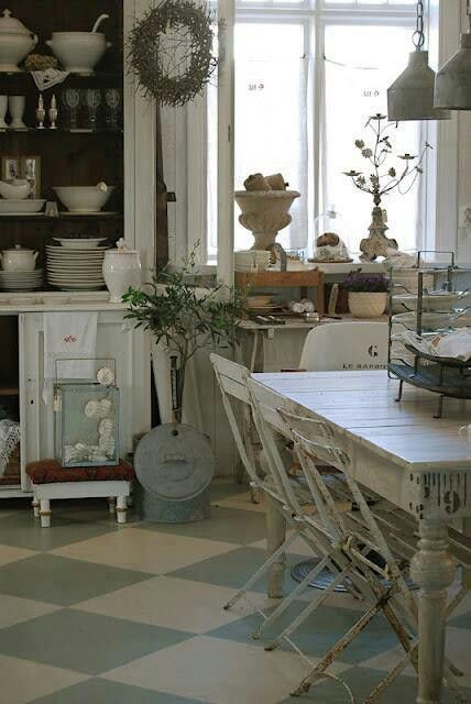 Painted floor n shabby kitchen