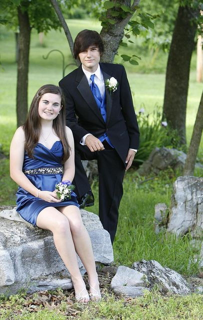 poses for prom pictures - Google Search