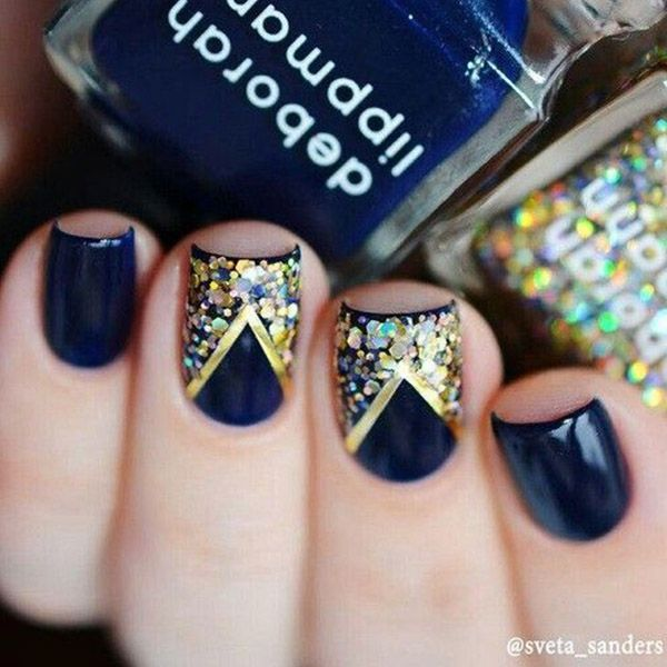 Navy and Gold Manicure  15 Must Try Blue Manicures For Summer