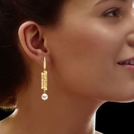 Earrings: Buy Earrings Online   Latest Earring Designs   Earings