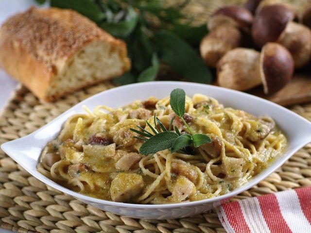 Donna Moderna: Spaghetti in crema con porcini  ommenti    Ingredienti Patata…