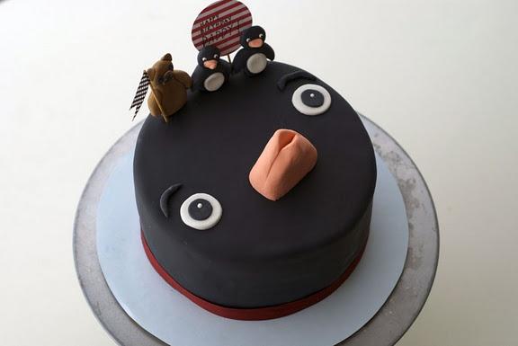 Bear & Penguin Cake ... SO GREAT