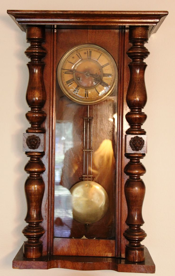 Typical German wall (box clock), not particularly collectable. Description from duetimeblog.com. I searched for this on bing.com/images