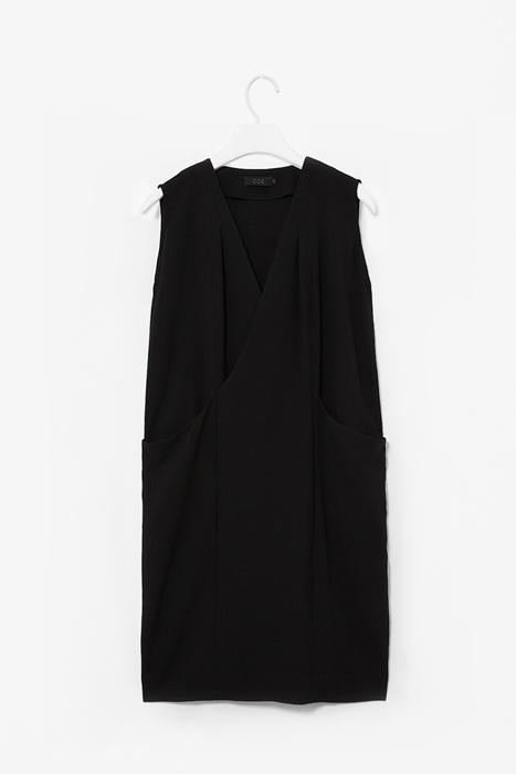 Open pocket dress