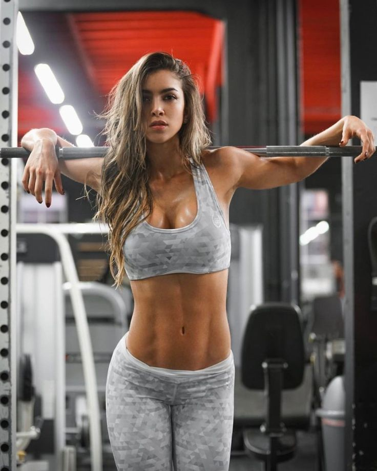 Anllela Sagra: Colombian fitness goddess with perfect physique