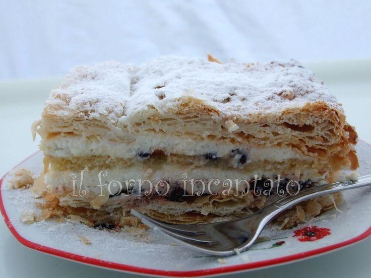 Il diplomatico, parente stretto della zuppetta napoletana ormai annoverato tra i dolci vintage, sempre buonissimo