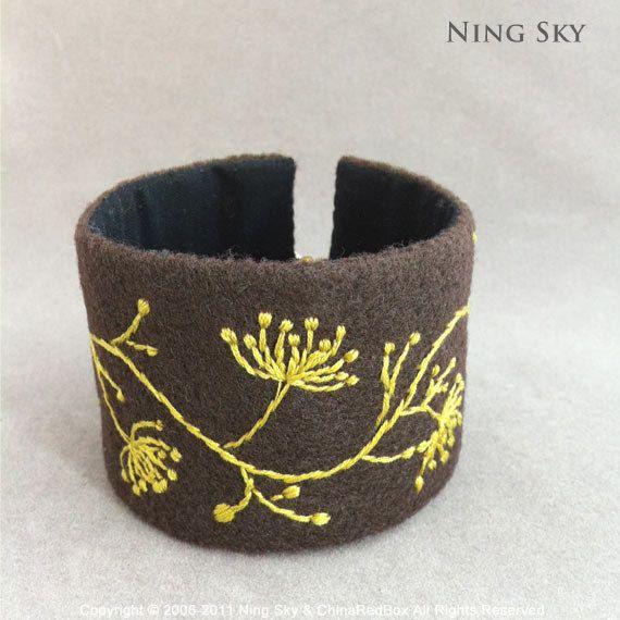 Hand Embroidered Felt Bracelet by ningsky on EtsyBracelets Fiber, Crafts Ideas, Creative Ideas, Felt, Il 570Xn 285759533 Jpg 570 570, Embroidered, 570 570 Pixel, Anhänglich Schönheit, Jewelry