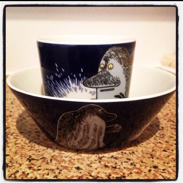 Arabia Moomin 'The Groke' mug and bowl.
