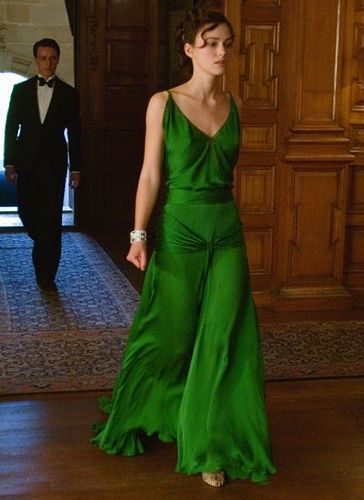 Most unforgettable dress ever on Keira Knightly in Atonement. awesome-women