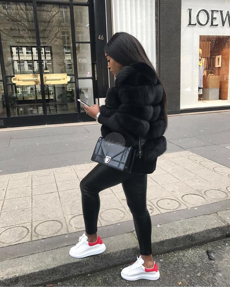 "NELLIE'S LONDON on Instagram: ""Spotted! @lovely_jurgen black on black always wins!"""