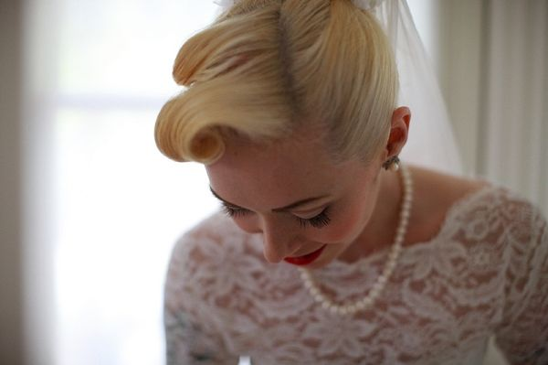 vintage wedding hair, image by Phillipa C. Photography http://phillipac.com/