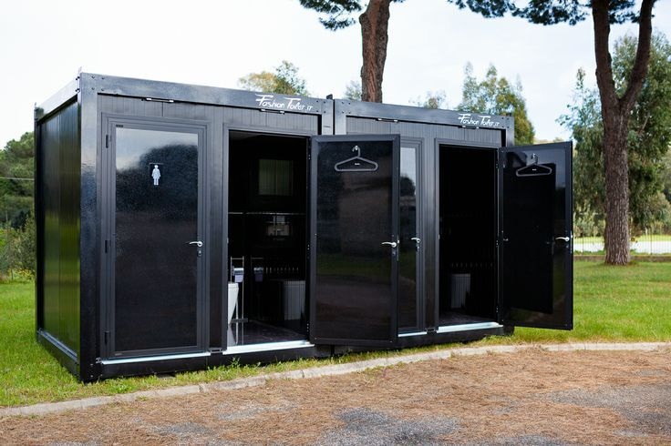 Outdoor Bathroom Rental  Badezimmer  Oficinas modernas