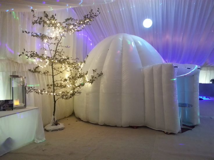 Igloo Photo Booth from www.Yorkshirepartybooth.co.uk is a great idea for all winter/ice themed weddings!