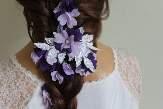 Bridal Hair Accessories White and purple lace bridal hair accessory, mounted on comb. Easy to use, stylish accessory to complement the wedding dress. Small sizes can be made if desired. Please contact me for special order.    FREE SHIPPING !  I usually send the Turkish postal services.  Products 24 hours after purchase, mail given product. On weekends given product mail after 48 hours.  If you want express mail, https://www.etsy.com/listing/260476623/ekspress-ship?ref...