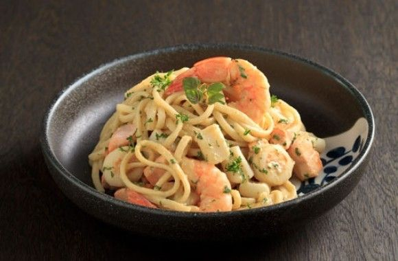 Flavoured with the unique and distinct tang of #wasabi, this #Japanese-inspired, #Seafood #Noodle stir-fry can be created by using any combination of seafood. Try this Japanese #Recipe!