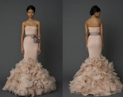 Vera Wang is always fabulous and this modern blush look is no exception!