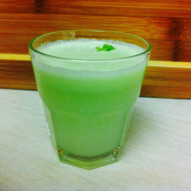 aniftyideablog.wordpress.com #aniftyidea - Get your recipe for this delicious juice on our blog today :)