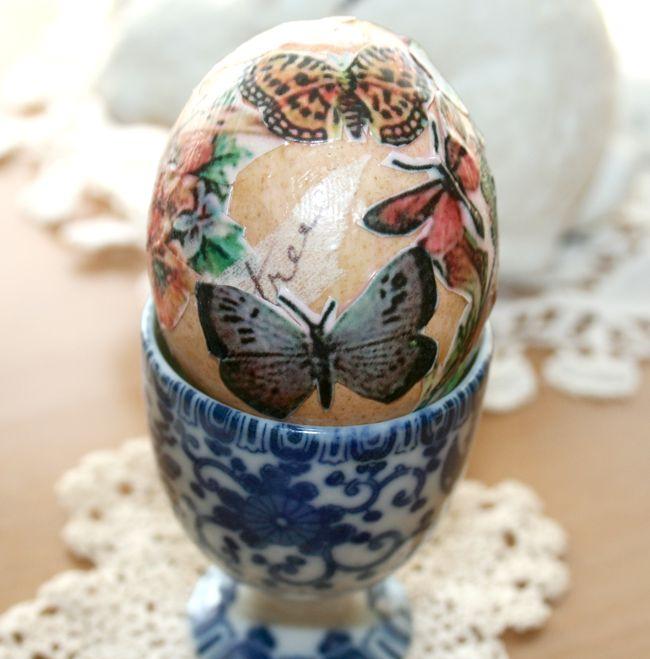Hoe te blazen en Mod Podge Eieren voor Pasen in Ambachten, Pasen