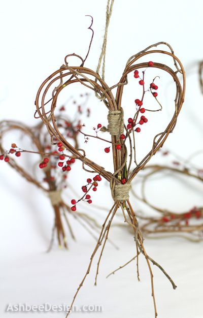 Ashbee Design: Twig Heart Tutorial. Look out, grapevine. I'm coming for you.
