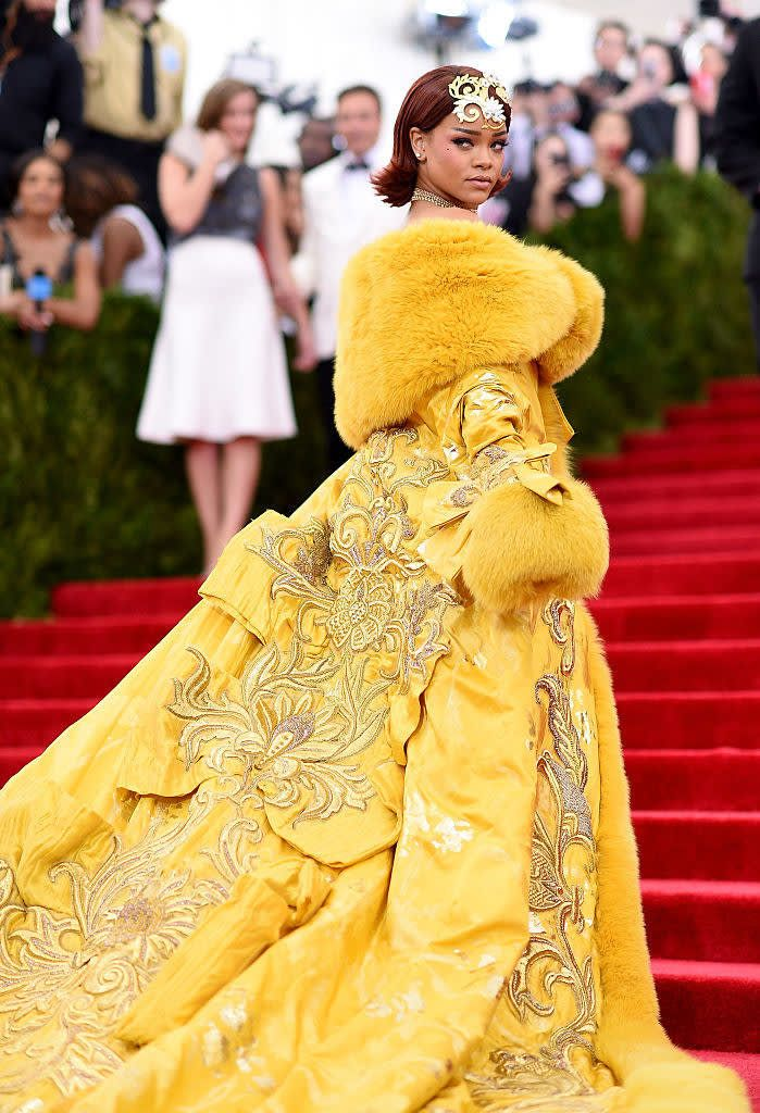 This Is What Rihanna S Looked Like On Red Carpets From 2005 To 2018 Met Gala Outfits Met Gala Dresses Gala Fashion