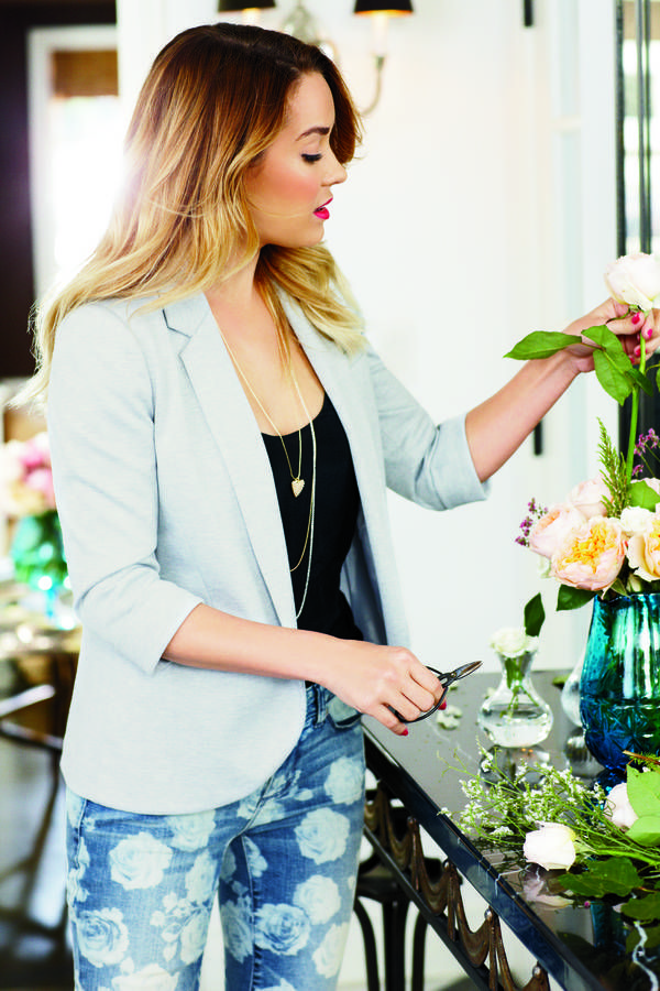 lc lauren conrad: pale blue blazer and printed jeans.