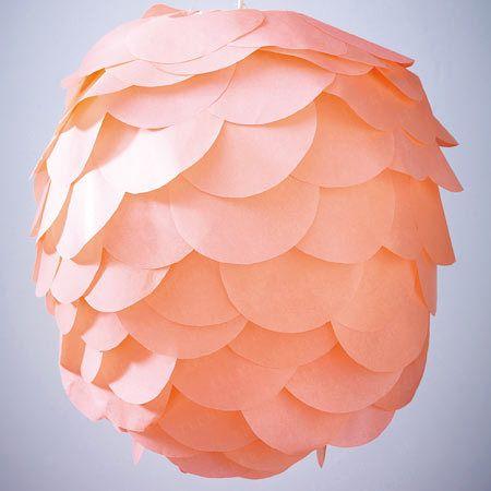 abat jour fleur boule japonaise recouverte de ronds de