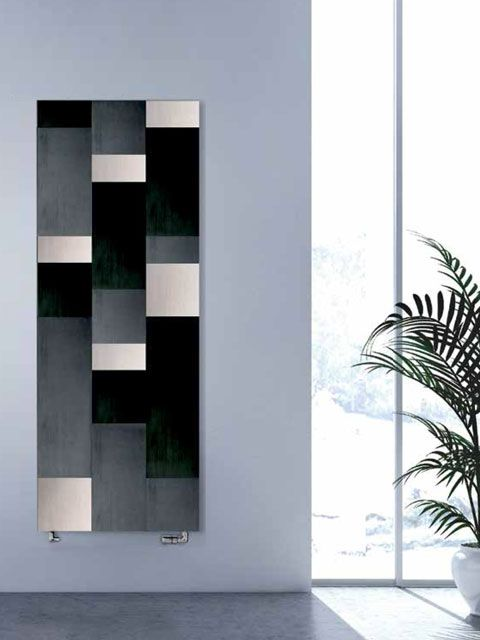 Cleopatra Vertical radiator: a stylish aluminium radiator with elements of different lenghts. This upright radiator provides double comfort because it works by convection and radiation as well. It is available in three colour versions.