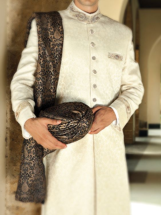 Latest Mens Wedding Sherwani - Junaid Jamshed
