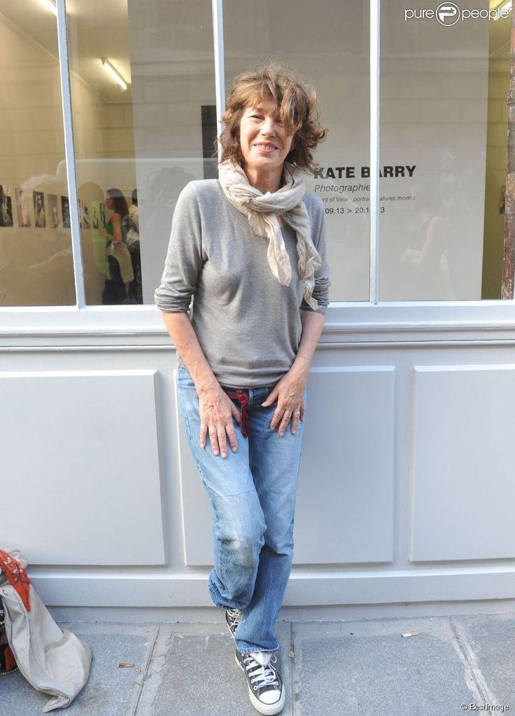 """Jane Birkin à Paris le 25 septembre 2013 lors de l'inauguration de la galerie cinéma de Anne Dominique Toussaint et du vernissage de l'exposition """"Point of View"""" de Kate Barry"""
