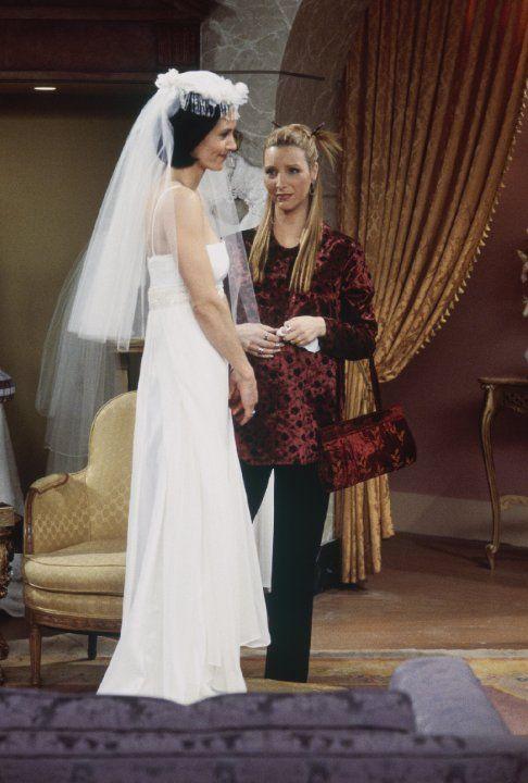Phoebe Lisa Kudrow Monica Geller Courteney Cox Friends Episode Stills Season 4