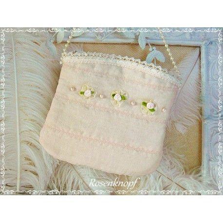 Zauberhaft romantische und einzigartige Handtasche aus Leinen und Seide in Puder mit Perlen und Satinröschen♥